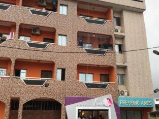 Immeuble en vente à la riviera bonoumin